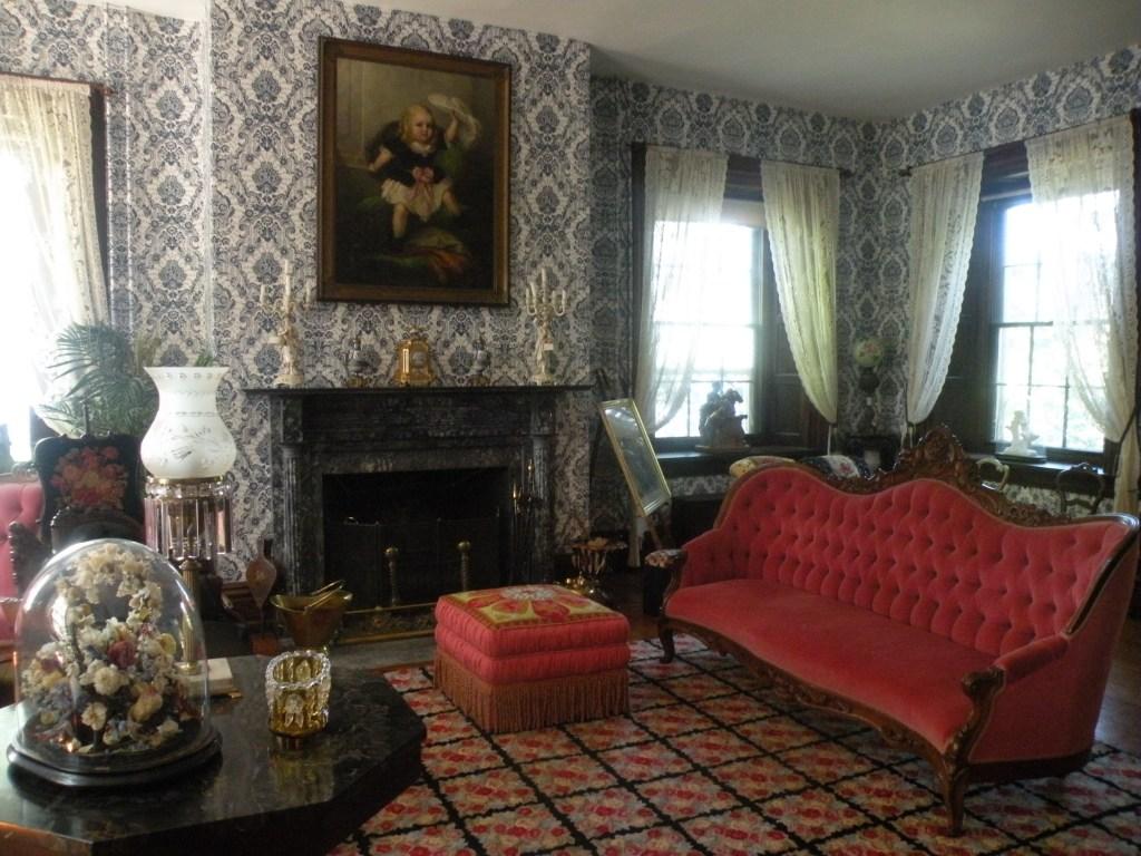 Fort Hunter Historic Mansion interior