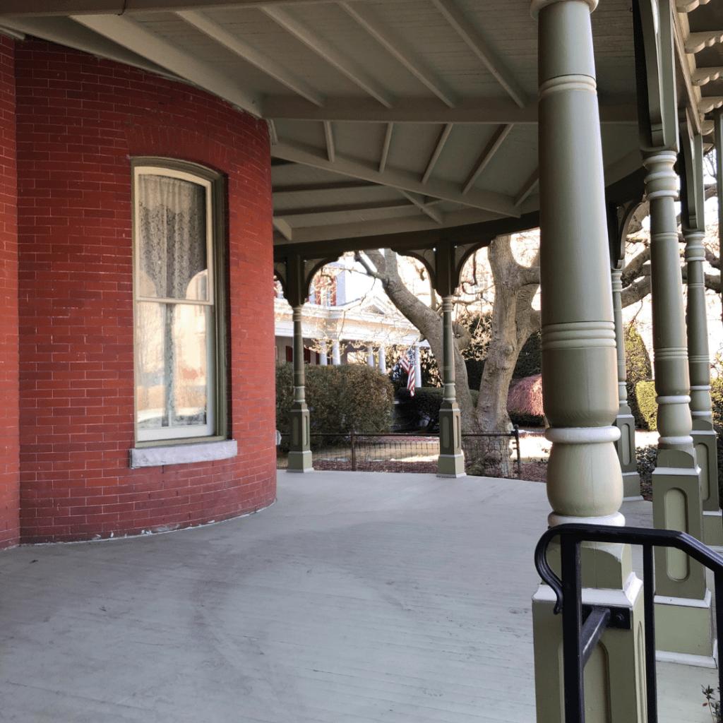 oller house waynesboro porch outside